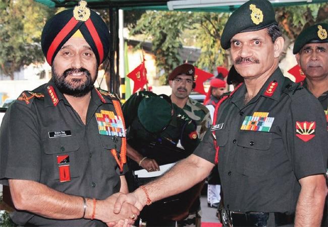 Army chief Bikram Singh (left) and Lt-Gen Dalbir Singh