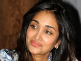 Jiah Khan's mother wants re-investigation into actress' death