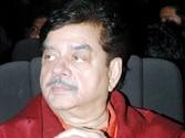 Preity, Ness should be left alone: Shatrughan Sinha