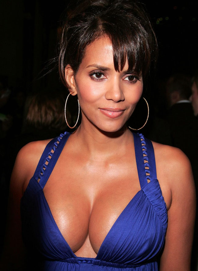 Halle Berry Didn T Shower For Eight Weeks Know Why