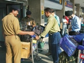Ebola virus could enter India through Delhi and Mumbai