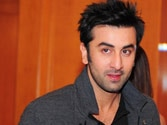 Ranbir Kapoor having tough time with paparazzi