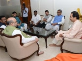 Amit Shah meets Shiv Sena chief Uddhav Thackeray