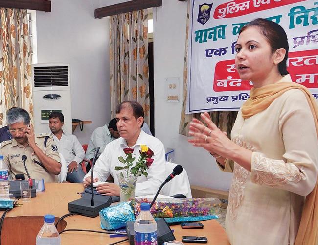 Workshop organised by police