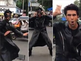 Ranveer apes Hrithik on a street for Bang Bang dare