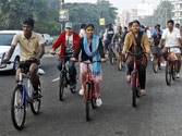 UP goes Netherlands' way, Akhilesh to promote cycling in the state