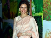 Deepika plans special Finding Fanny screening for parents