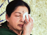 Schoolgirl attempts suicide over Jaya verdict