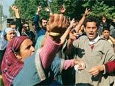 Public anger in Kashmir erupts as families torn by floods