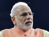Modi announces lifetime visas for PIO cardholders
