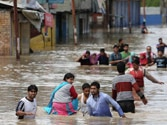 Jammu and Kashmir floods LIVE updates: More than hundred people stuck on Srinagar hotel