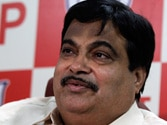 Nitin Gadkari gets Election Commission notice for 'inducing voters to take bribe'