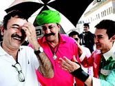 Aamir Khan plans special screening of PK for Sanjay Dutt