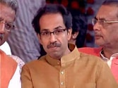 Devendra Fadnavis swearing-in: Uddhav makes last-minute appearance