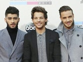 One Direction wins artist of the year at the AMAs