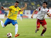 ISL: 10-man NorthEast United eke out a goalless draw against Kerala