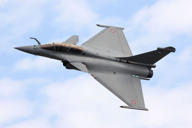 india about to buy 126 rafale fighter planes from france india news