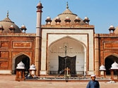 Major communal incident averted in Agra, thanks to Hindu and Muslim community leaders
