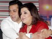 Salman Khan gives thumbs up to Farah Khan's Bigg Boss Halla Bol act