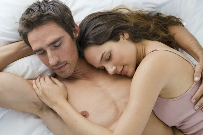 Each Couple Has A Unique Sleeping Style But Do You Know Position Meaning To It All Really Need Is Determine The Kind Of
