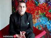 Chetan Bhagat's take on traditional vs out-of-box courses