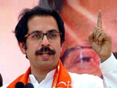 Backing Manjhi a sin: Shiv Sena in fresh attack on BJP