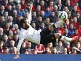EPL: United's Mata sinks Liverpool as Chelsea go clear