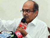 AAP leader Prashant Bhushan offers to resign from all party posts