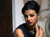 Radhika Apte: Male actors get extra money
