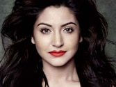 Beauty hack: Cheat your way to Anushka Sharma's full lips