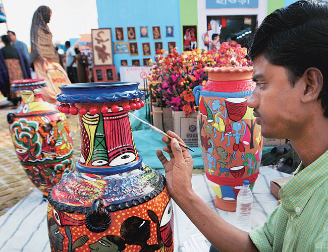 Govt To Promote Craft Exhibitions To Give Boost To Artisans India News