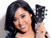 Shweta Subram steals hearts singing both Indian and Canadian anthems