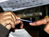 Modi government proposes to give voting right to NRIs