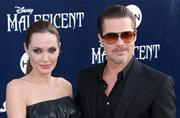Brad Pitt buying vintage plane for Angelina Jolie