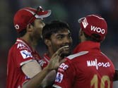IPL 8: Punjab trounce Bangalore by 22 runs in rain-curtailed tie