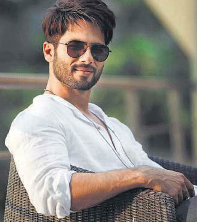 Shahid Kapoor Completes 12 Years In Bollywood Thanks Fans