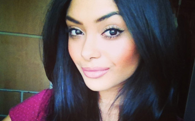 Internet is going crazy over afshan azad but she isnt amused afshan azad thecheapjerseys Choice Image