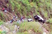 17 killed as bus plunges into gorge near Almora