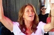 Caitlyn Jenner makes surprise appearance at NYC Pride parade