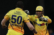 Dhoni gives you enough chances to succeed: Dwayne Smith