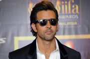 IIFA 2015: Hrithik launches sister Sunaina's book on father