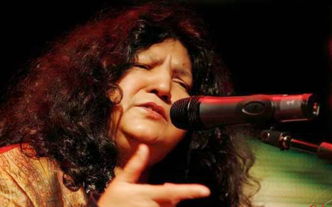 Famous Sufi Singer Abida Parveen Survives A Motorway Accident