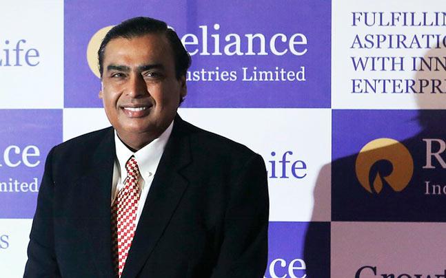 Digital India: Mukesh Ambani commits Rs 250,000 crore