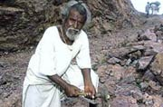 Manjhi-The Mountain Man: Some facts