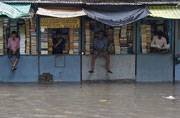 West Bengal flood toll 39, heavy rains to continue