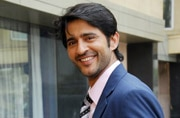 Hiten Tejwani to enter Balika Vadhu; to play a 'doctor with a difference'