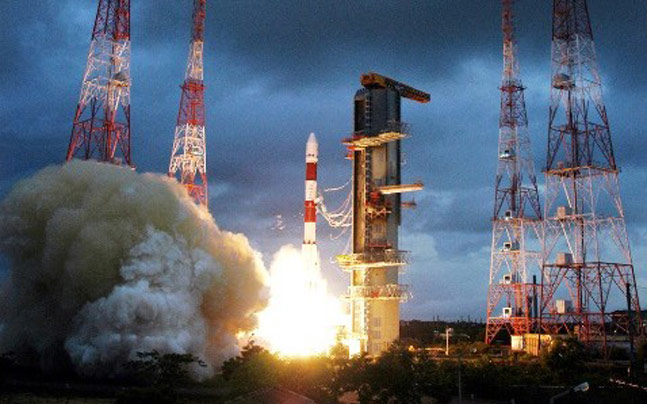 Top 5 Achievements of ISRO In Hindi, Image result for Heaviest Commercial Mission, 2015