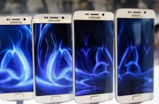 Samsung leads India smartphone market in Q2, Micromax closes in