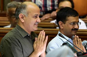 Latest in Kejriwal vs Jung: ACB chief Meena's wings clipped