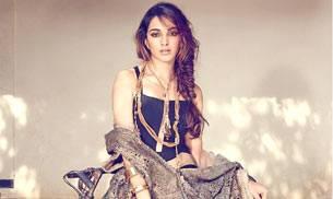 Revealed: Kiara Advani to romance Sushant Singh Rajput in MS Dhoni biopic